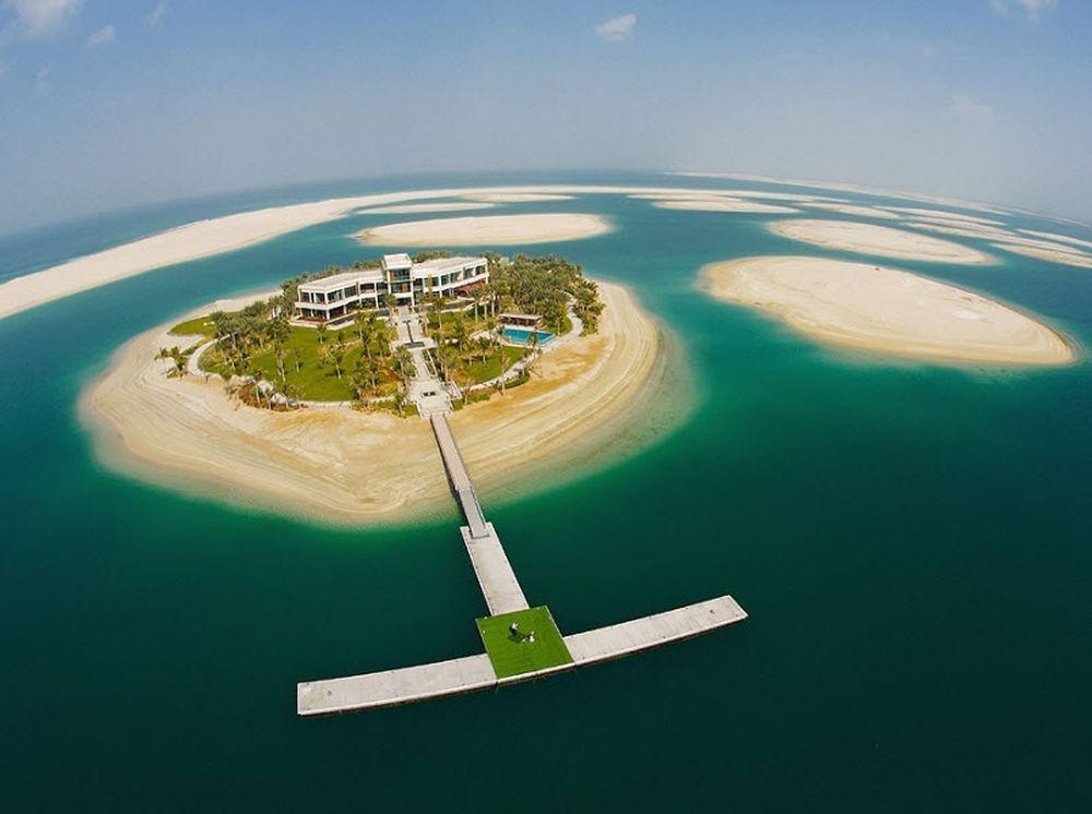 Βυθίζονται τα νησιά του Ντουμπάι