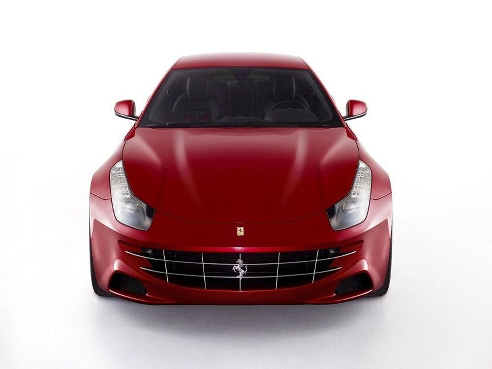 Τετραθέσια, τετρακίνητη Ferrari