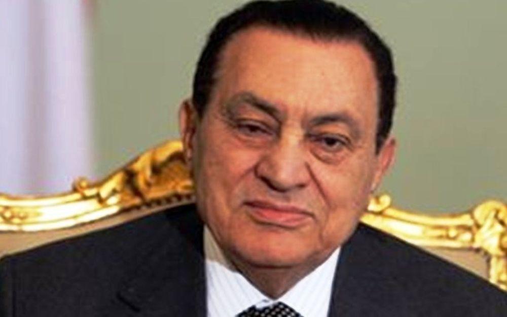 Διέλυσε την κυβέρνηση ο Χόσνι Μπουμπάρακ