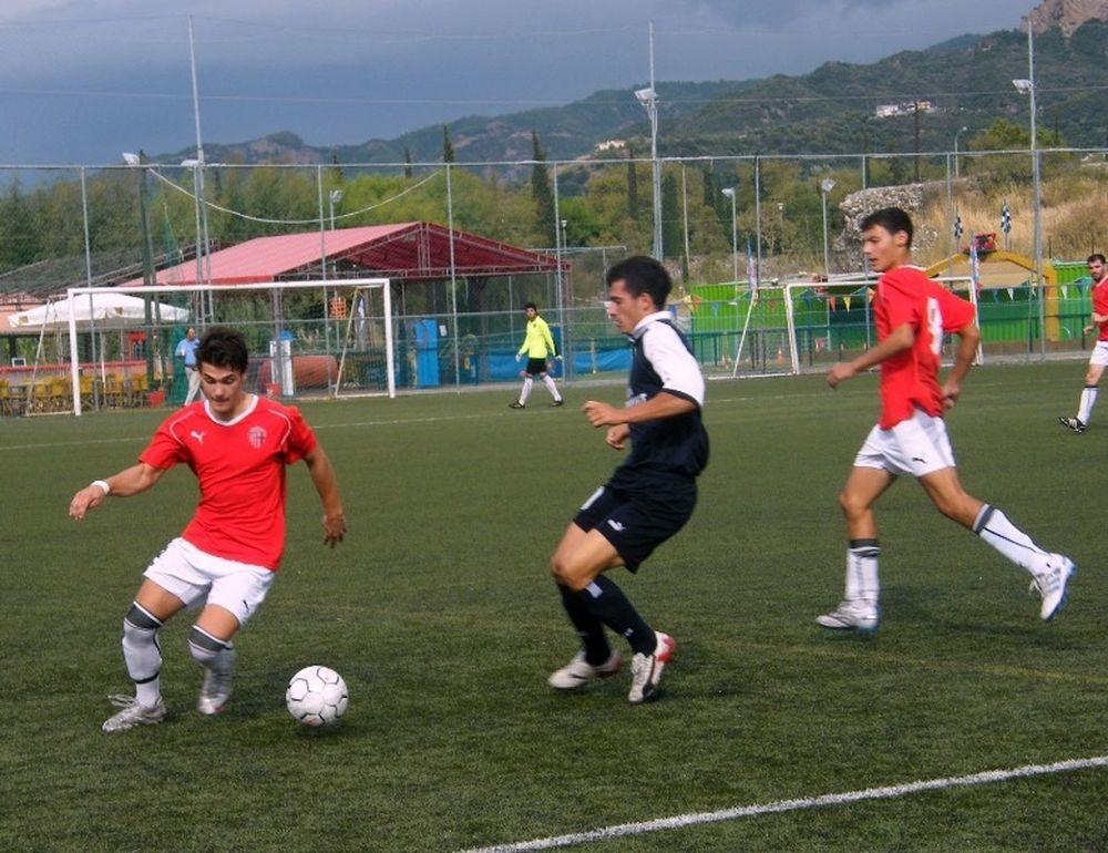 Ελπιδοφόρος - Άγιαξ Ταύρου 1-1