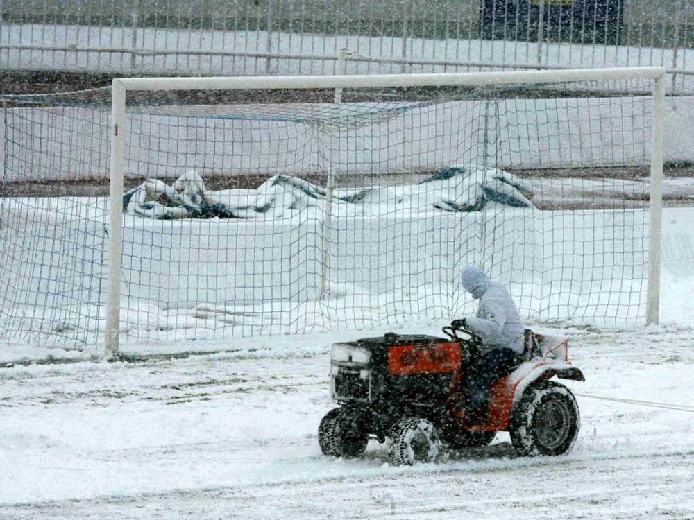 Χιόνια αντί για μπάλα