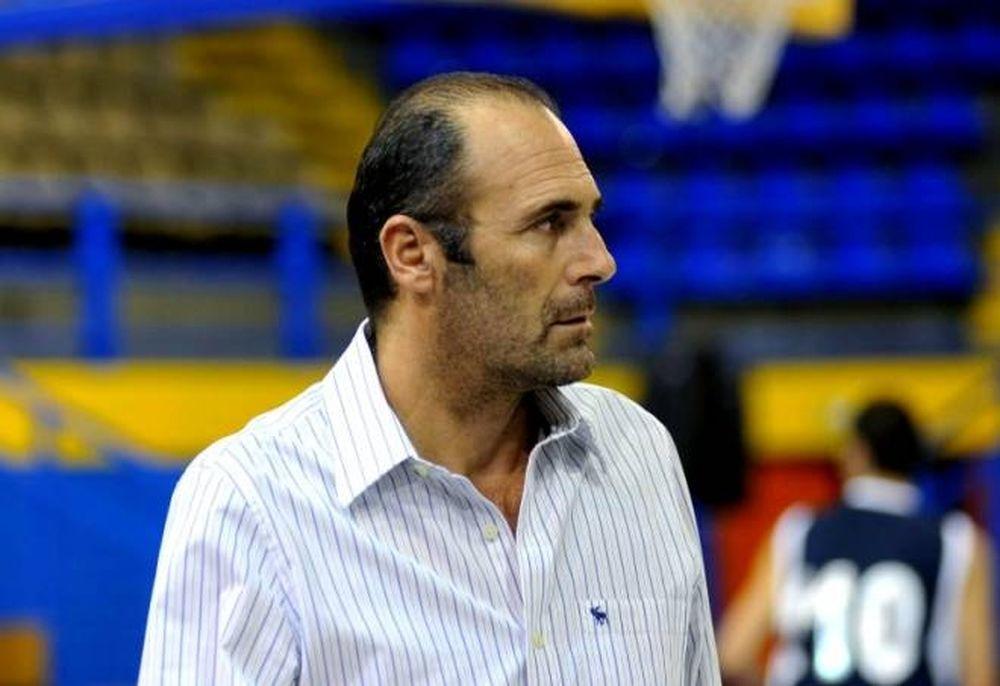 «Δεν χρειάζεται προπονητή»