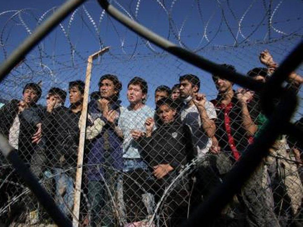 «Ποτάμι» μεταναστών στην Ελλάδα