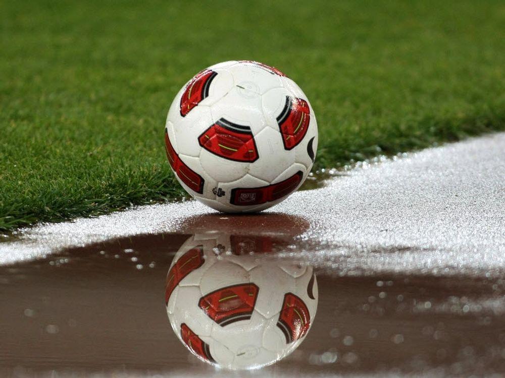 «Βροχή» τα γκολ και οι... αναβολές