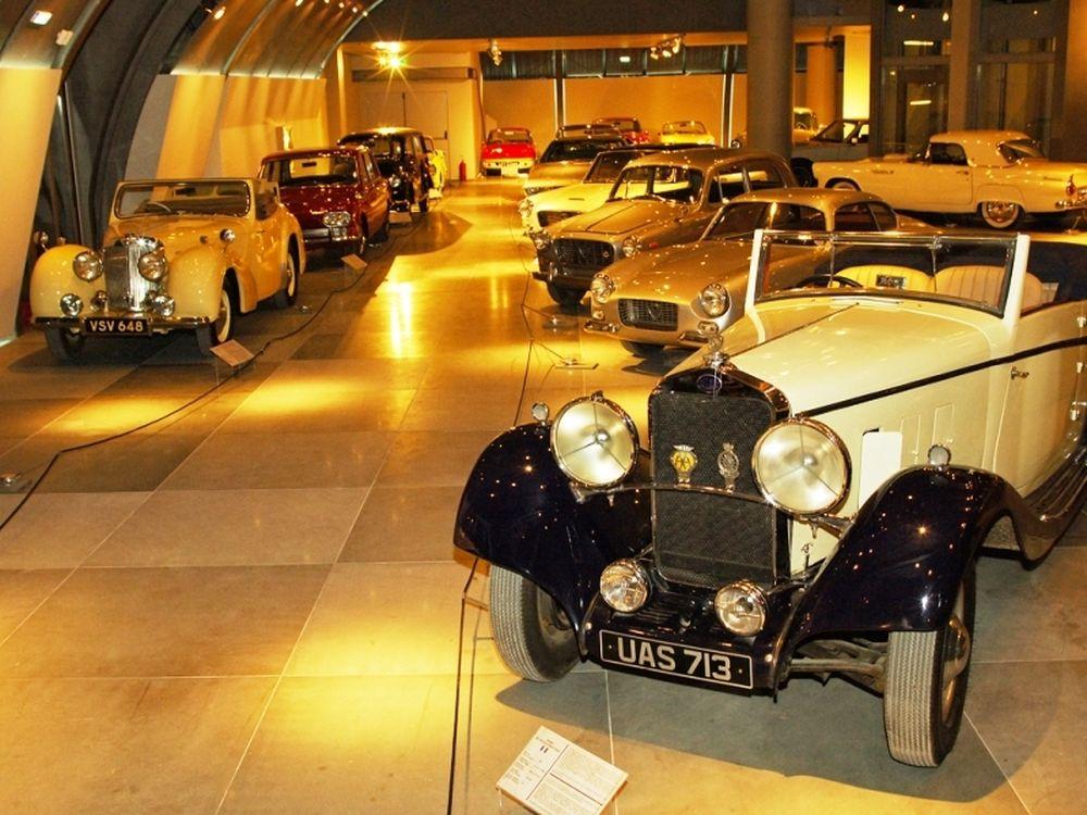 Άνοιξε το μουσείο αυτοκινήτου