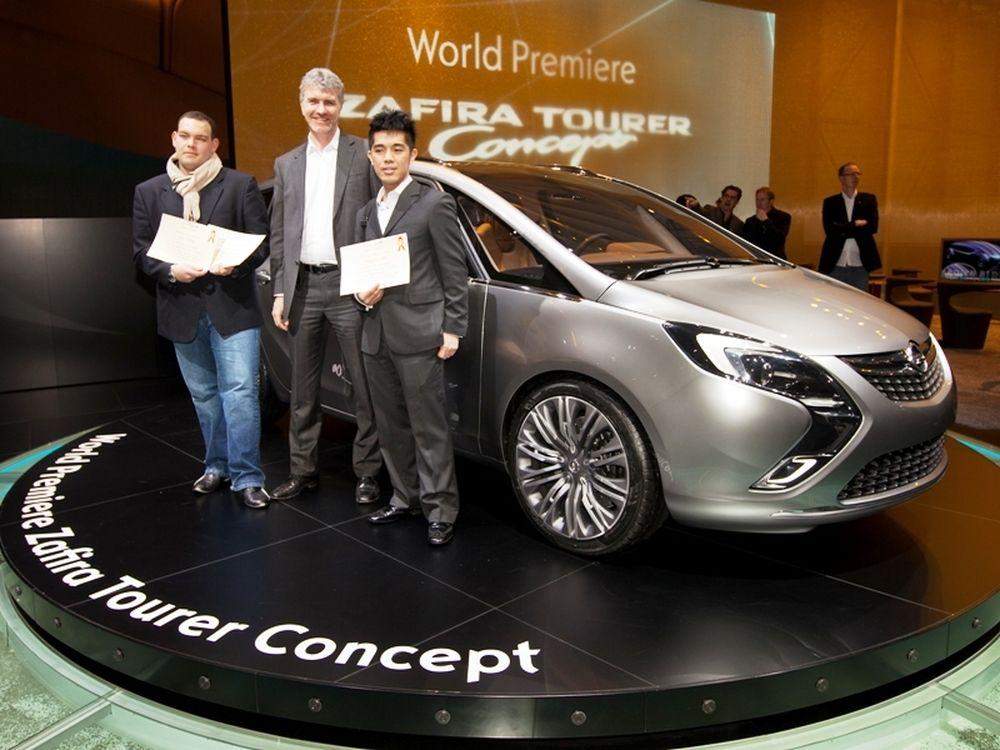 Η Opel βραβεύει