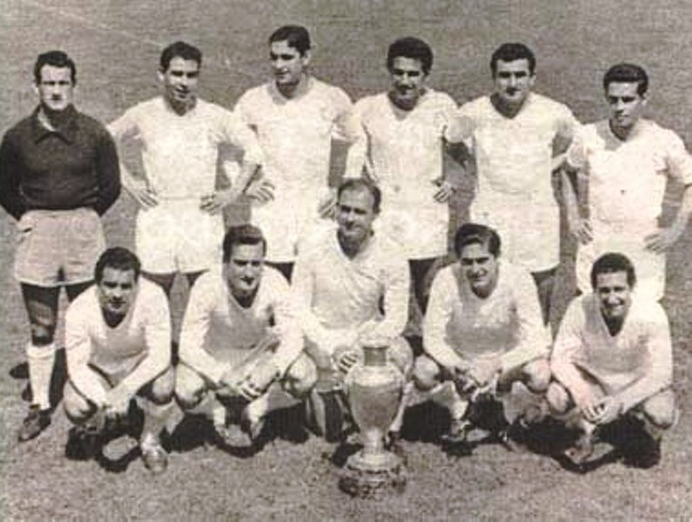 1956-57: Στην κορυφή ξανά