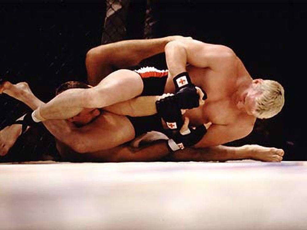 Απώλειες στο UFC FN 26