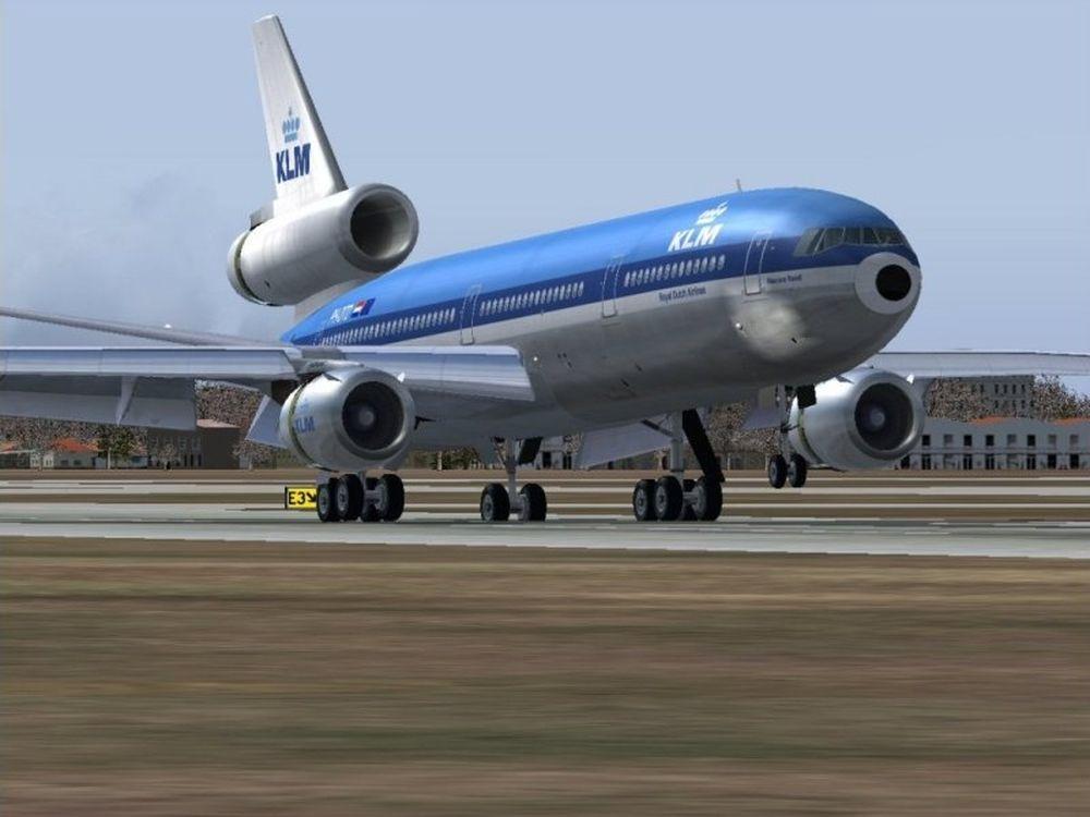 Προσγειώθηκαν οι Ολλανδοί