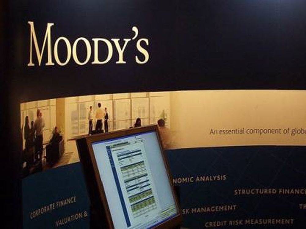 Τρία στα τρία για τη Μοοdy's