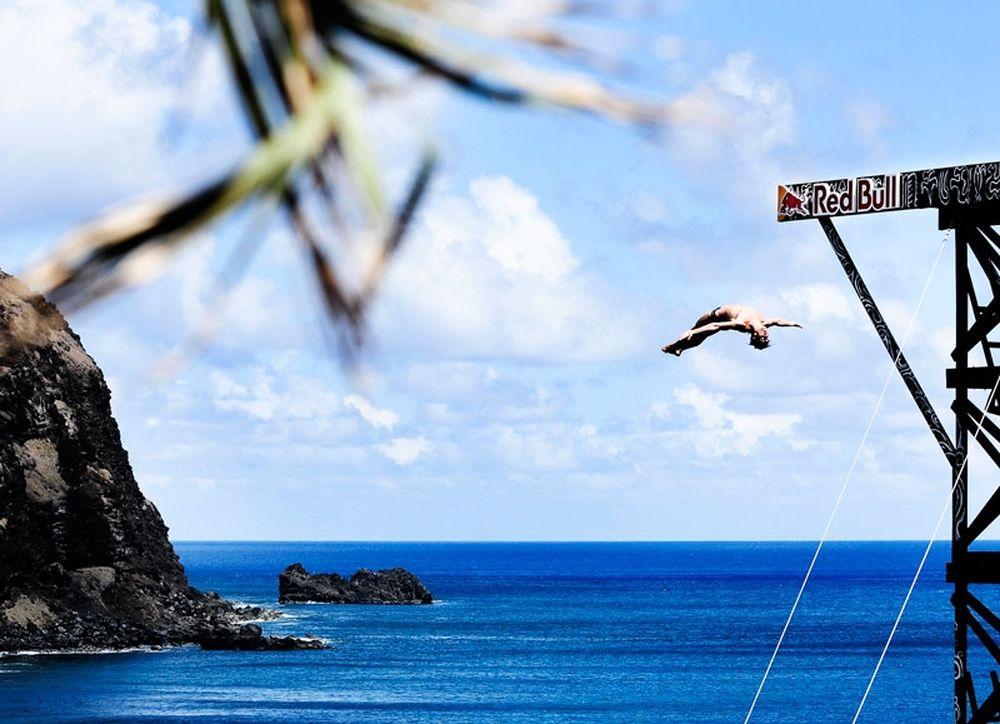 Νικητης o Duque στο Cliff Diving