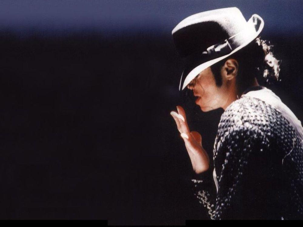 Στήνουν άγαλμα Μάικλ Τζάκσον!