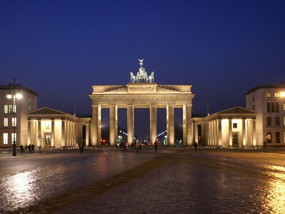 Εκτός το Βερολίνο