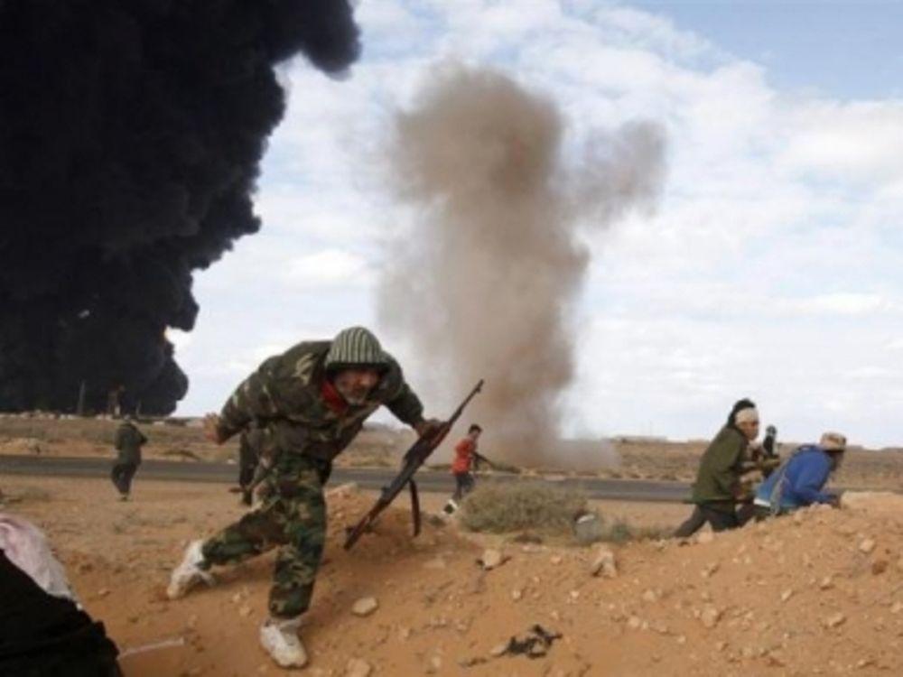 Νεκρός στρατιωτικός του Καντάφι
