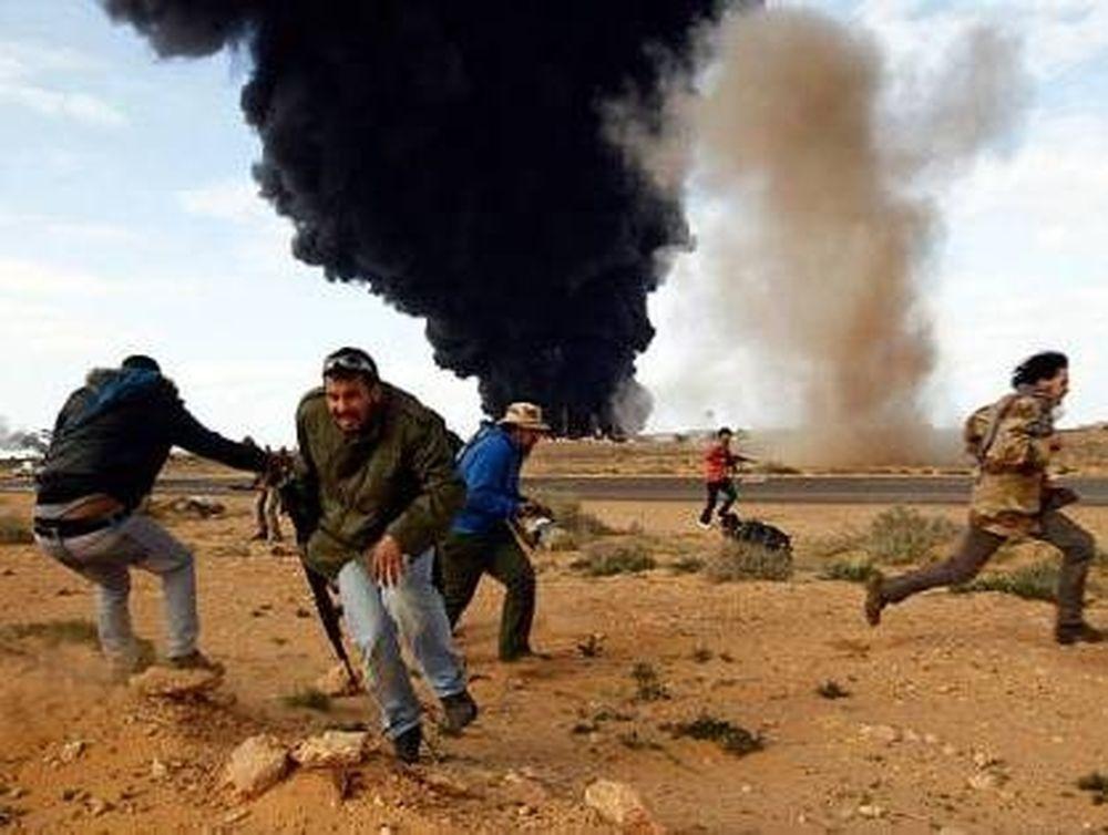 Καταιγίδα βομβαρδισμών στη Λιβύη