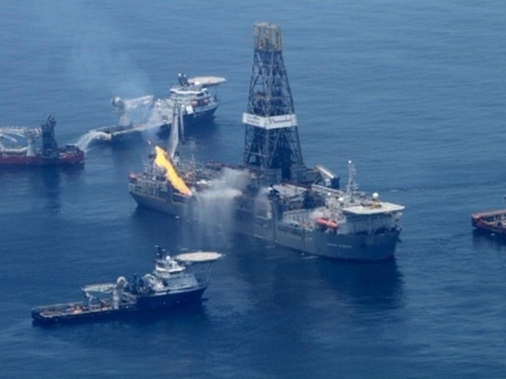 Επαφές για το πετρέλαιο