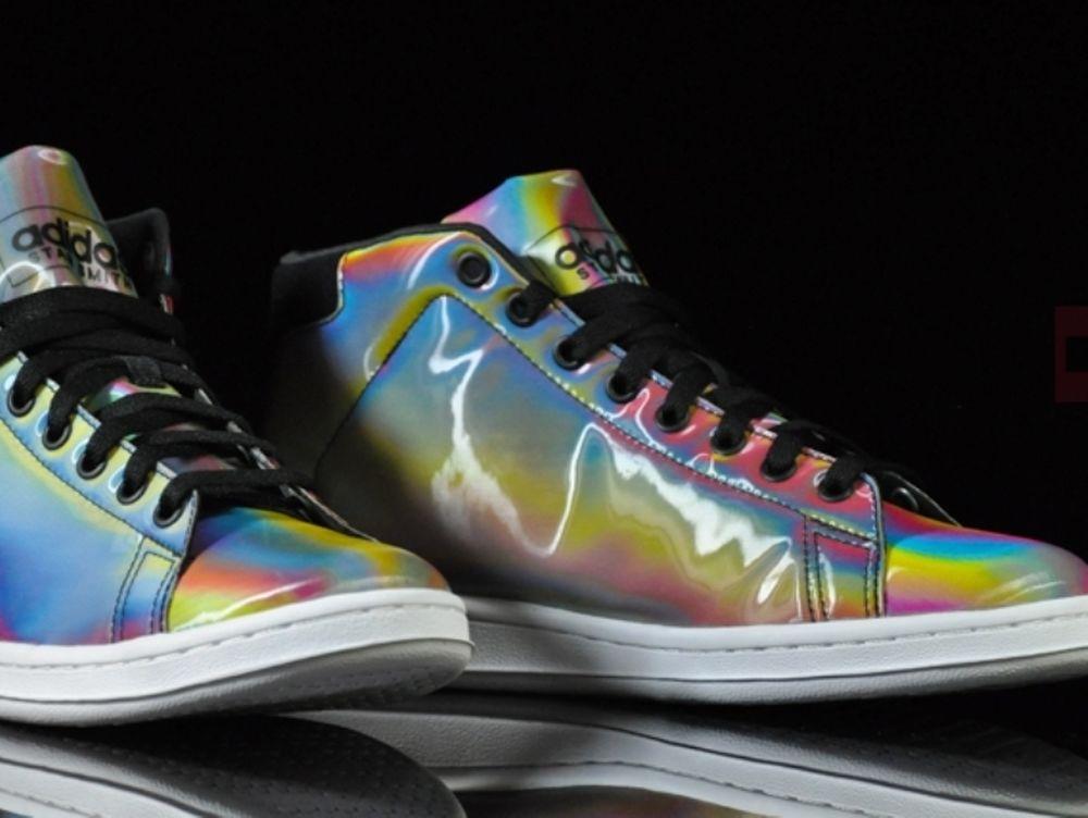 Νέα Adidas «Iconics Color»