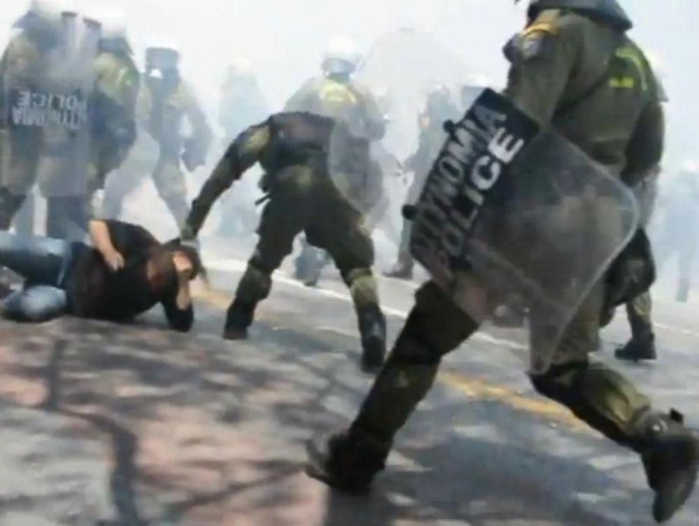 ΜΑΤ κατά διαδηλωτών