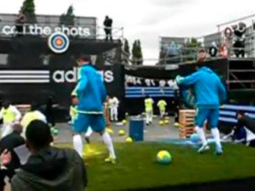 Ποδοσφαιρικό paintball με αστέρες