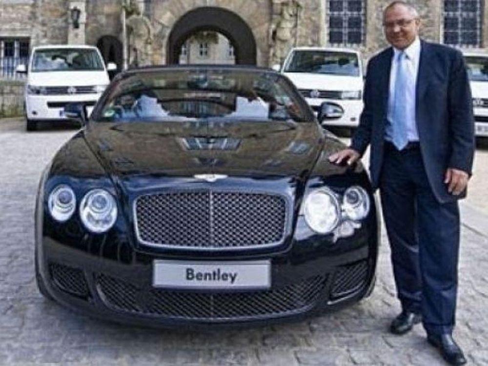 Θα την δωρίσει την…Bentley