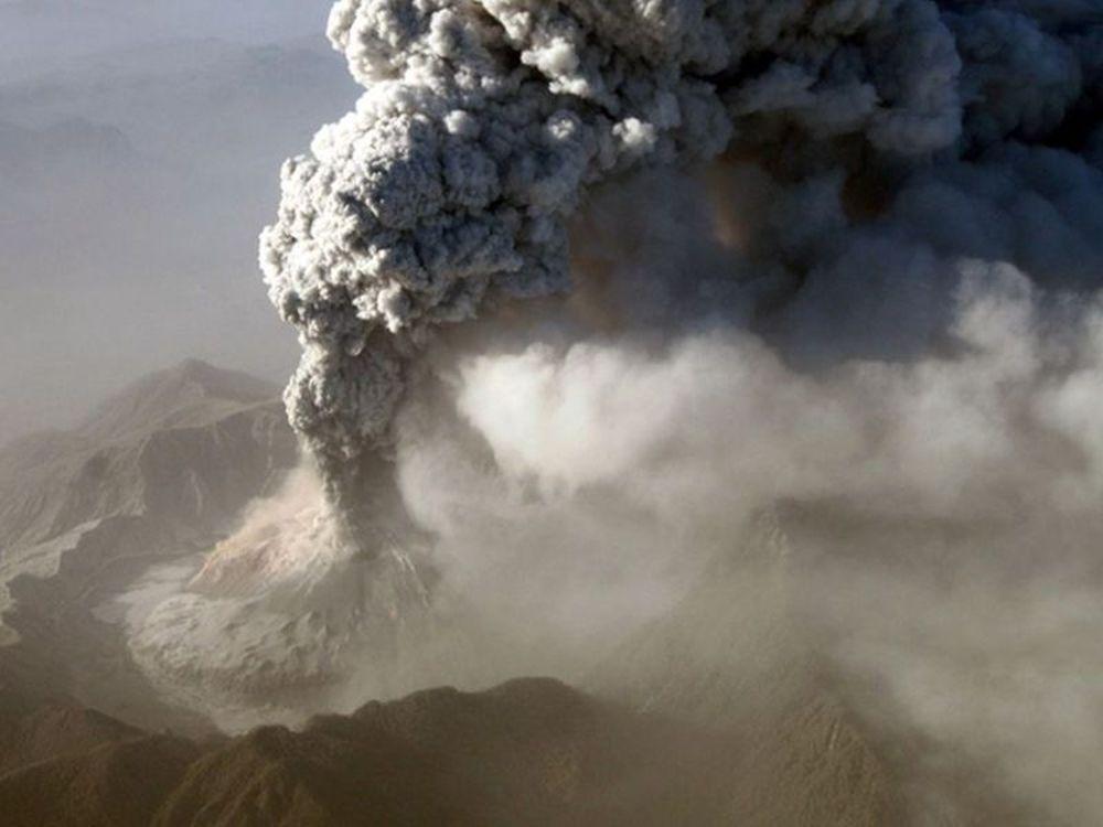 Επεκτείνεται η ηφαιστειακή τέφρα