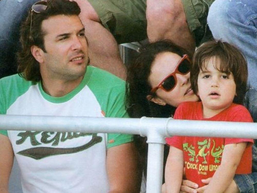 Στο γήπεδο με το γιο τους