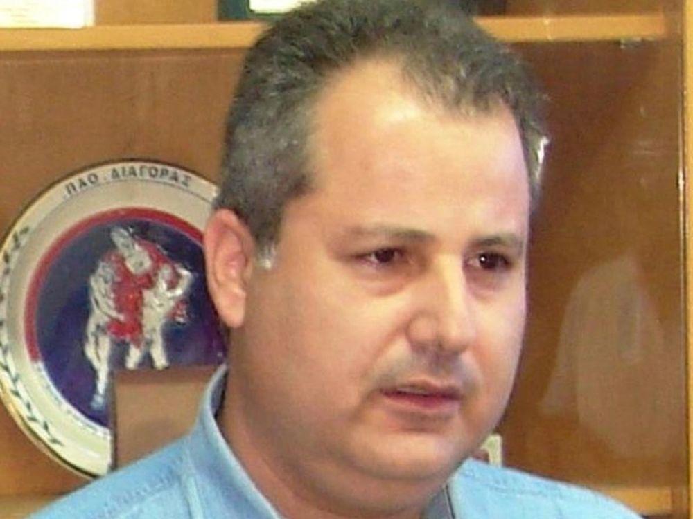 Παραιτήθηκε ο Χρυσοχοΐδης