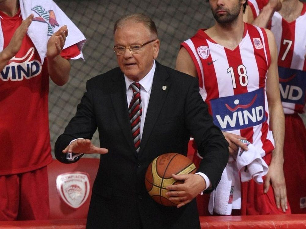 Ίβκοβιτς: «Με γύψο στο χέρι»