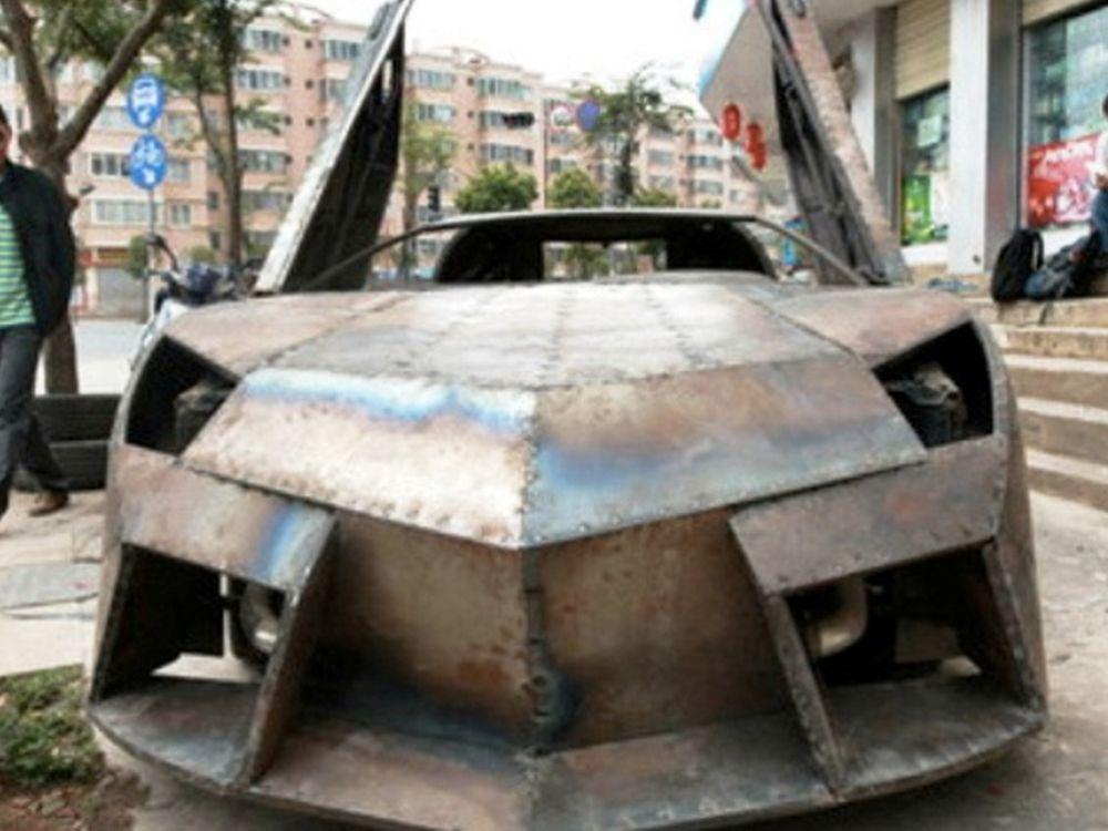 Κινέζικη Aventador LP700-4