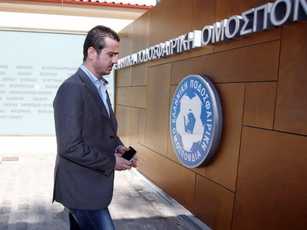 Ζητά το έγγραφο της UEFA