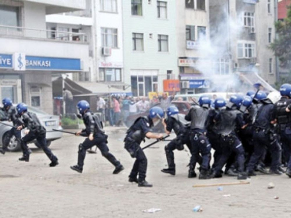 Επεισόδια με νεκρό στην Τουρκία
