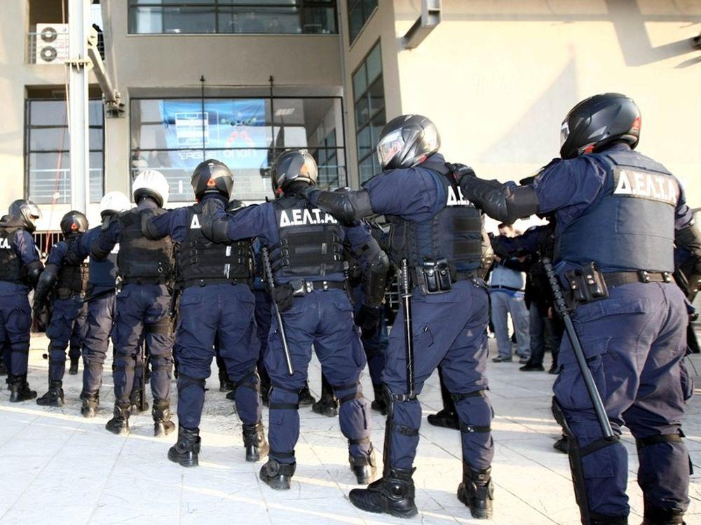 Στους δρόμους και η Αστυνομία