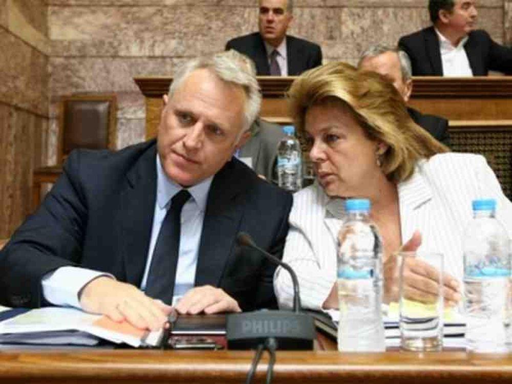 Βουλευτές κατά Υπουργών