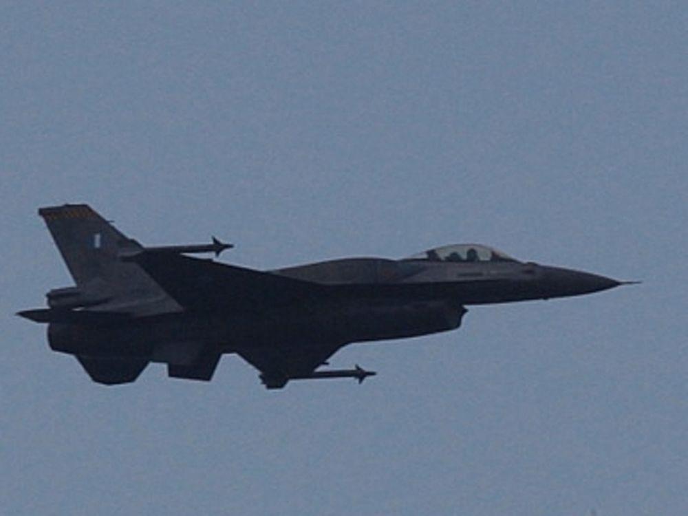 Φωτιά σε F-16