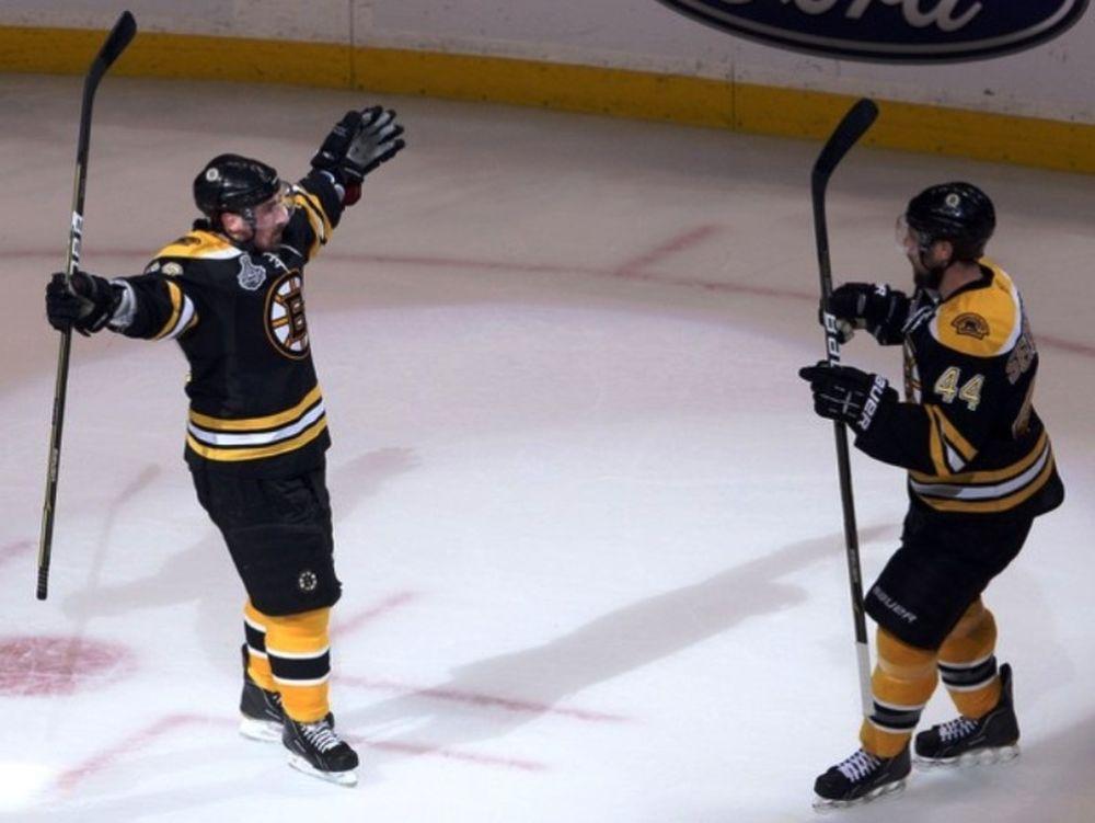 Τέλειοι οι Bruins
