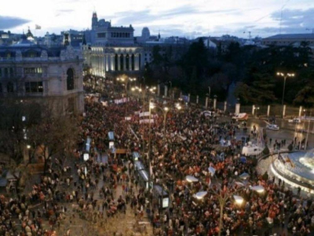 Ξύλο και τραυματίες στην Ισπανία