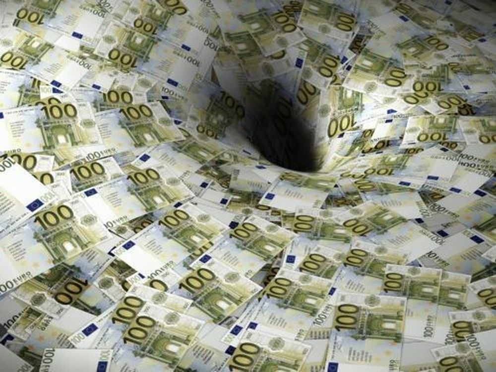 Λεφτά υπάρχουν στο εξωτερικό