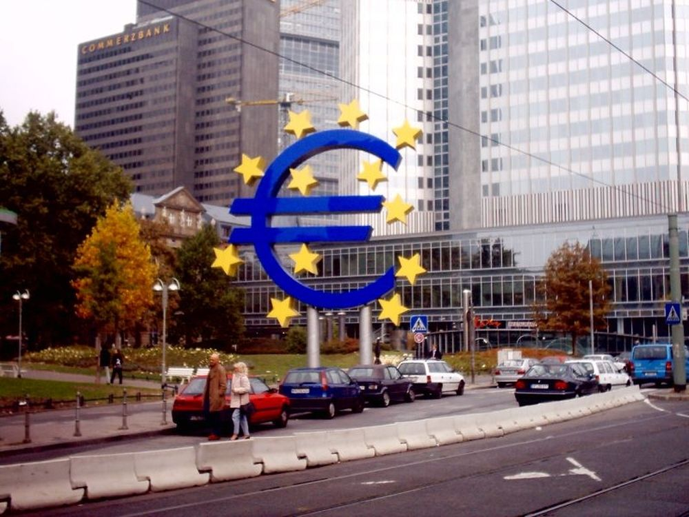 «Ψυχρός πόλεμος ΕΚΤ–Γερμανίας»