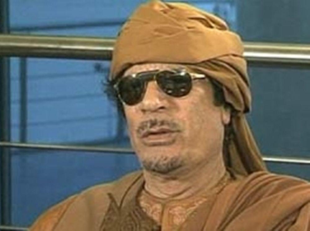 Στόχος το σπίτι του Καντάφι