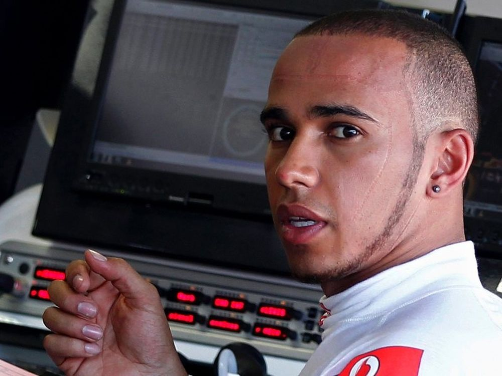 Χάμιλτον: «Μένω στη McLaren»