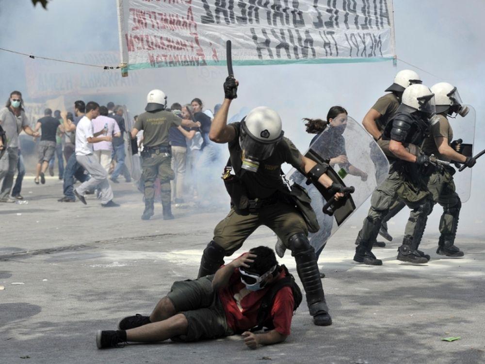 «Ελλάδα: Ακόμα σε κρίση»