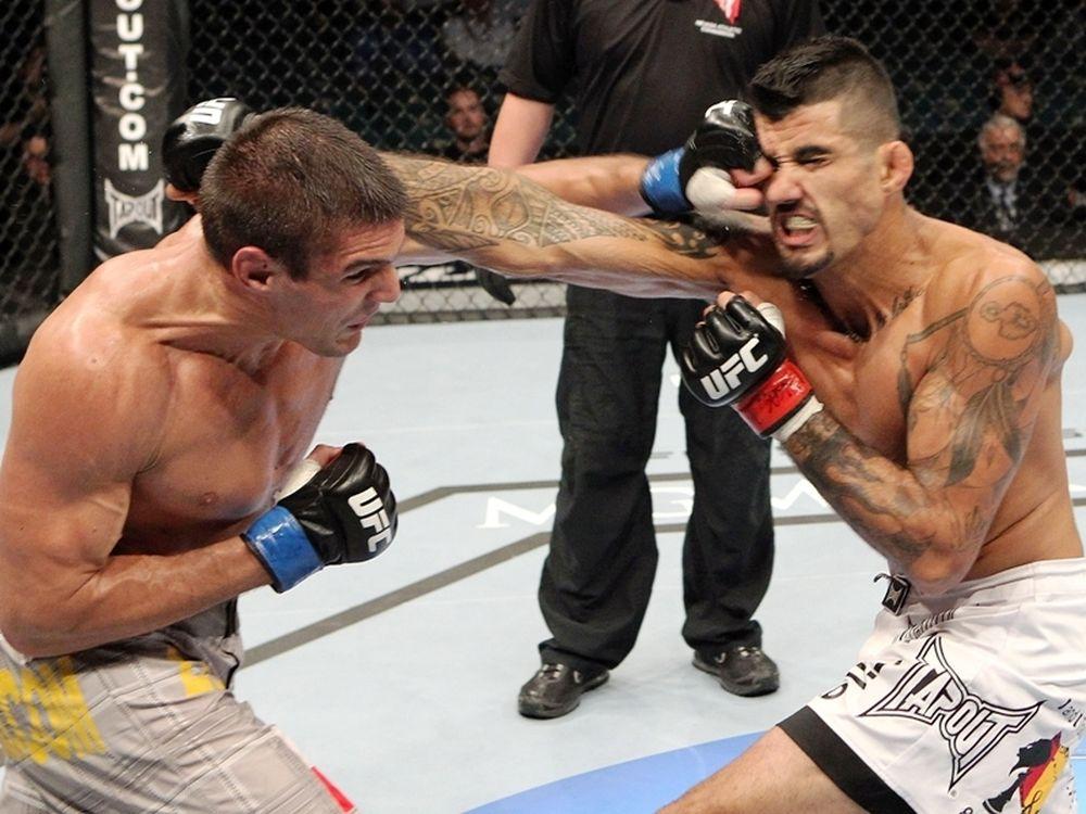 Δύο αποδεσμεύσεις στο UFC