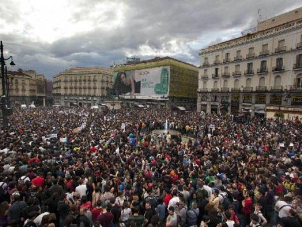 Διαδηλώνουν στη Ρεάλ