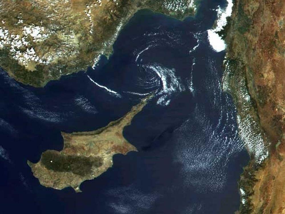 Λύση του κυπριακού το 2012