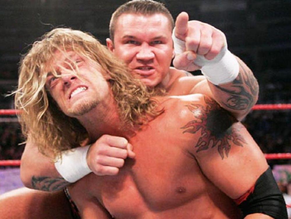 «Ξέφυγε» o Randy Orton