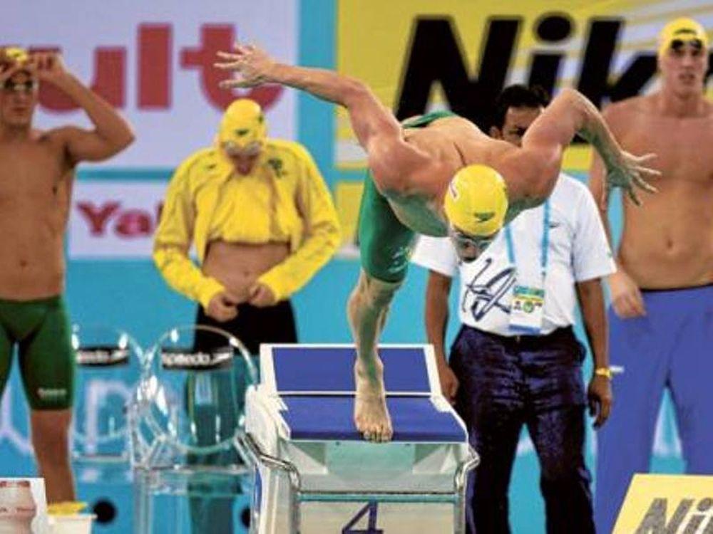 Με 54  κολυμβητές στην Κίνα