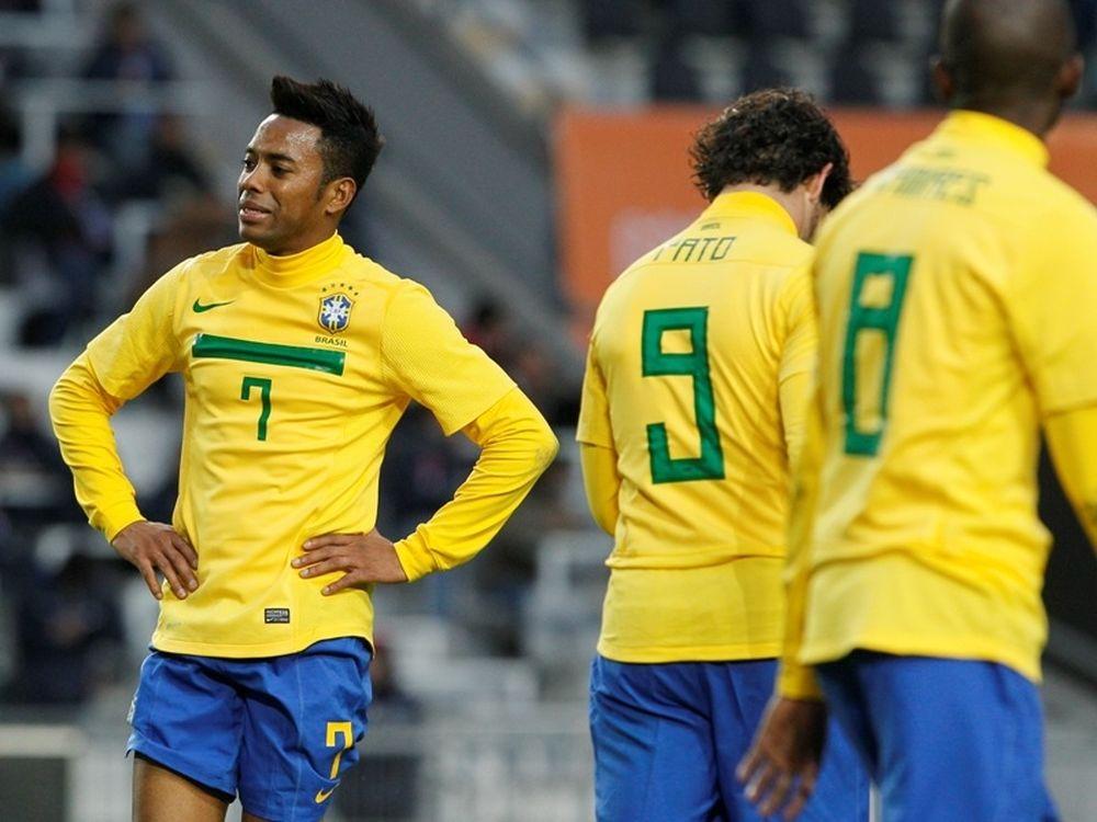 «Κόλλησε» η Βραζιλία