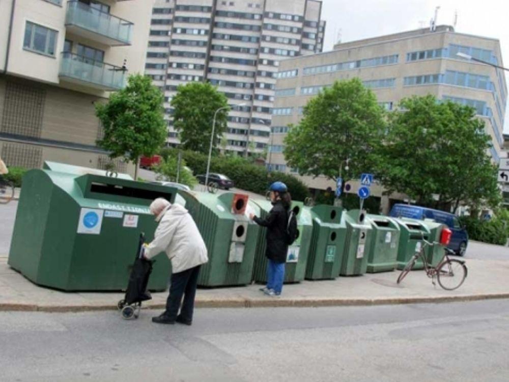 Ζεσταίνονται με… σκουπίδια!