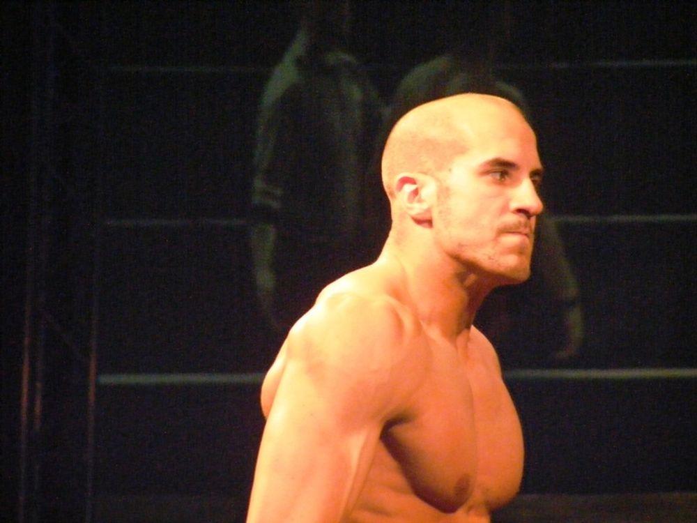 «Ψήνεται» για WWE o Castagnoli