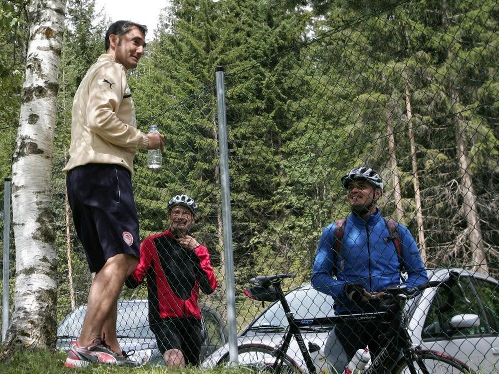 Συζήτηση με ποδηλάτες ο Βαλβέρδε